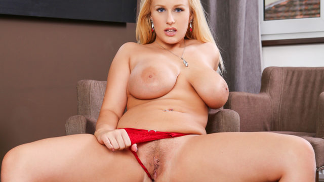 Sumptuous Angel Vicky In Her Crimson Lingerie